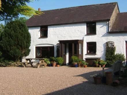 Llwyncrwn Farm Holiday Cottages