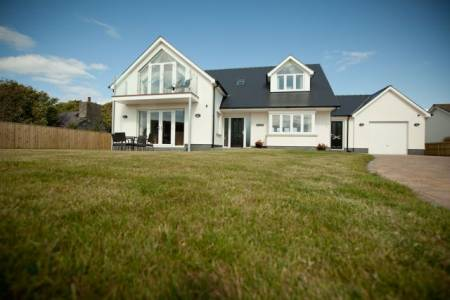 Bryn y Mor Luxury Holiday Cottage
