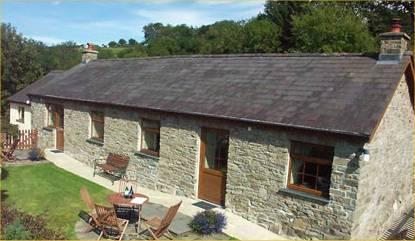 Bythynnod Cwmcoedog Cottages