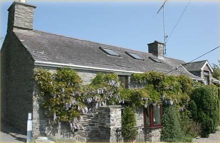 Bythynnod Tyglyn Cottages