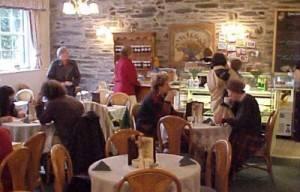 Brethyn Cartref Café